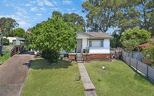 25 Massey Cl, Elermore Vale NSW 2287