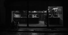 Panadería Havana vieja. (Matias Baeza) Tags: bw black white blanco negro documentary street night nightshot closing bakery panaderia matias baeza