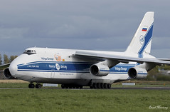 Volga-Dnepr An-124 RA-82043 (birrlad) Tags: shannon snn international airport ireland aircraft aviation airplane airplanes airline airliner airways airlines taxi taxiway takeoff departing departure runway antonov an124 an124100 volgadnepr cargo freight freighter transport vi9038 hahn gander ra82043