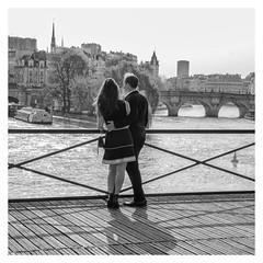Paris romantique - Romantic Paris (P. Eric) Tags: paris personnages pontdesarts