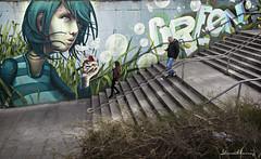 Bubbles.- Burbujas. Nº195 (Yon Ibarrra (+ 1.000.000 VISITAS)) Tags: pintura painting pintadas bubbles burbujas escaleras stairs persons two dos personas colors colores pasorioja vitoriagasteiz alavaaraba euskadi paisvasco basquecountry españa spain europa