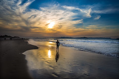 Ultimas olas a la luz del día (noldor12) Tags: somoplayas loredo ribamontánalmar cantabria spain playa atardecer canoneos6d canonef1635f4lisusm surf surfenloredo marcantábrico