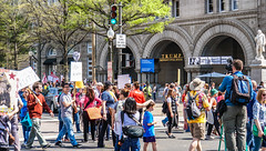 2017.04.15 #TaxMarch Washington, DC USA 02432 (tedeytan) Tags: pennsylvaniaavenue resistance taxmarch taxmarchdc taxmarcdc trumpchicken trumpinternationalhotel donaldtrump protest uscapitol washington dc unitedstates geo:city=washington exif:focallength=448mm exif:make=sony exif:model=ilce6300 geo:state=dc exif:aperture=ƒ56 camera:model=ilce6300 geo:country=unitedstates exif:isospeed=100 camera:make=sony exif:lens=e18200mmf3563