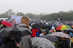 TWH25824 (crop) (huebner family photos) Tags: sony hx100v 2017 washington dc protests demonstrations marchforscience earthday