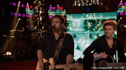 "The Swon Brothers ""How Country Feels"" – THE VOICE Live Show Night Two Video"