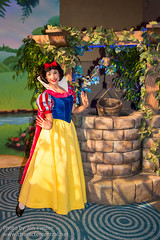 DDE May 2013 - Step Into a Disney Story (PeterPanFan) Tags: travel vacation usa america canon spring orlando unitedstates florida contemporary character unitedstatesofamerica may disney resort disneyworld fl wdw waltdisneyworld resorts snowwhite contemporaryresort dde disneycharacters disneycharacter 2013 disneyparks disneyscontemporaryresort disneydreamers deluxeresort disneyssnowwhite canoneos5dmarkiii princesprincesses snowwhitemovie seasonsholidaysandevents disneydreamerseverywhere stepintoastorybook stepintoastorybookevent storybookevent stepintoadisneystory stepintoadisneystoryevent