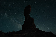 Balanced Rock with Stars (AndrewH324) Tags: night stars utah nationalpark arches moab archesnationalpark balancedrock moabutah andrewhorne andrewrichardhorne