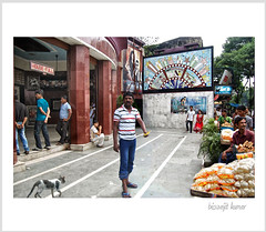A ticket blacker | Purna Cinema, Kolkata | 2013 (b i s w a j i t) Tags: cinema hall theatre kolkata tollywood housefull hazra ticketblacker purnacinema