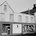 "Winkel van Sinkel 1992 <a style=""margin-left:10px; font-size:0.8em;"" href=""http://www.flickr.com/photos/99860362@N04/10462590876/"" target=""_blank"">@flickr</a>"