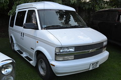 Chevrolet Astro - 1995 (jambox998) Tags: usa chevrolet climb hill astro chevy american minivan starcraft import built boness mvp