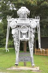 Lirpa-Anad-Nitsud - Ft. Payne, AL (SeeMidTN.com (aka Brent)) Tags: robot al alabama recycledart roadsideamerica fortpayne dekalbcounty thebarnyard ftpayne bmok bmok2 lirpaanadnitsud ekimsnaggog mikegoggans