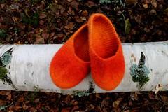 2013.10.27. huovutettuja tossuja 5p 002m (villanne123) Tags: socks felted knitting forsale slippers finnwool sukat 2013 huovutettu neulottu tossut
