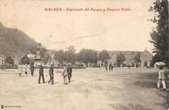 Mlaga. Explanada del parque y Hospital Noble (Archivo Fotogrfico Municipal de Mlaga) Tags: plazas mlaga tarjetaspostales