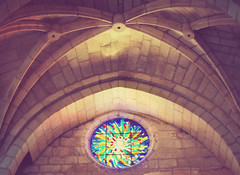 Losing my religion (cazadordesueos) Tags: light church window colors chapel arches vault vidriera templo iluminacion arcos boveda capilla