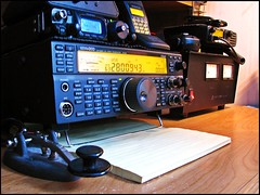 Kick Back Weekend (Daryll90ca) Tags: key ham kenwood yaesu morse hamradio amateurradio straightkey morsekey ft817nd ft817 ts590