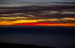 Gran Canaria Island At Dawn (Carlos Martn Daz) Tags: ocean grancanaria skyline clouds dawn mar amanecer nubes silueta