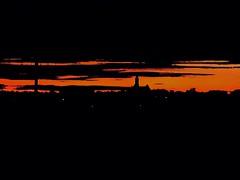 Burning westward (benfadden31) Tags: march wintersunset winterstorm winter atlanticocean eastcoast ocean epic boston sunsetphotography beautiful sun northshore marblehead bjammin naturephotography nature massachusetts sunset