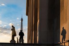 Jeux d'ombre (julialarrigue) Tags: paris eiffeltower shadows france