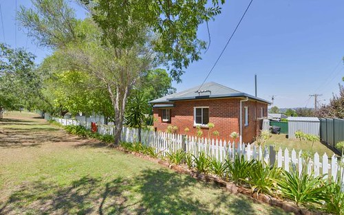 155 Upper St, Tamworth NSW 2340