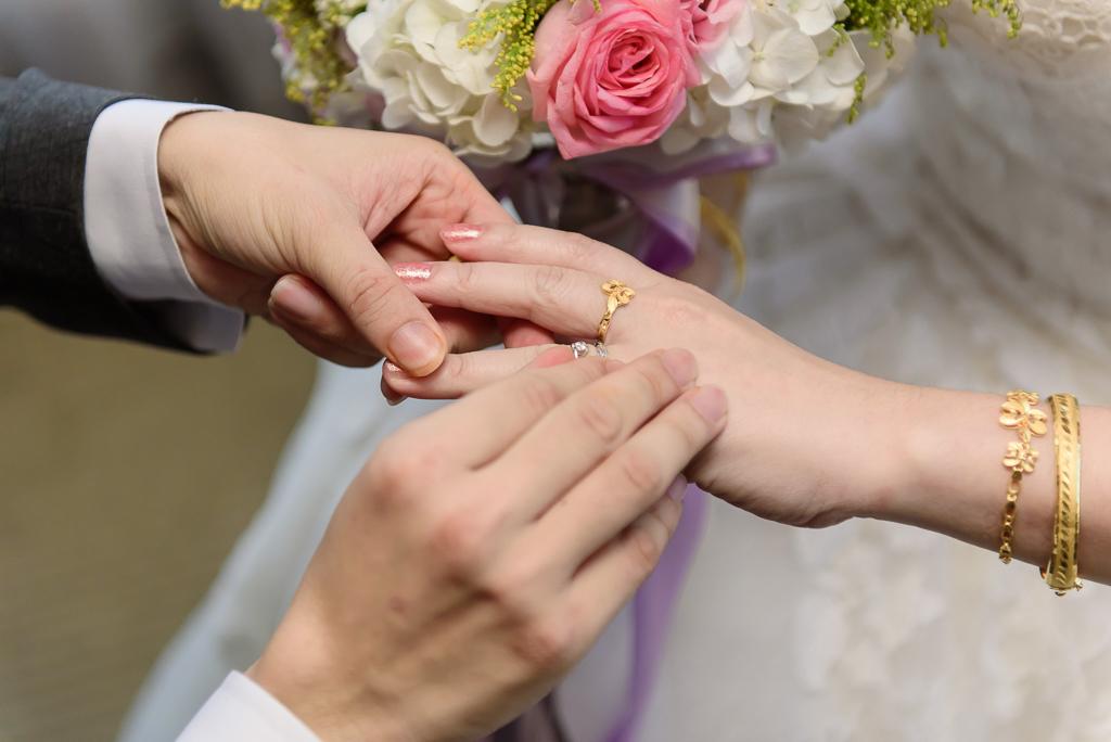 wedding day,婚攝小勇,台北婚攝,晶華,台北國賓,台北國賓婚宴 ,愛瑞思,Miko,新秘,-038