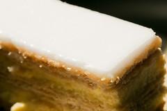 Cremeschnitte | Macro Mondays | Glaze (stgenner) Tags: cremeschnitte glasur glaze macromondays dessert