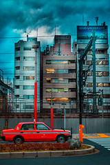 Stop (Luis Montemayor) Tags: japan japon tokyo car carro street calle buildings edificios taxi