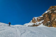 Pujant Alphubel (faltimiras) Tags: saas fee saasfee glaciar glacera alphubel allalinhorn matterhorn cervino cervi dent blanche herens herenz swiss suissa swizerland alps alpes moutain skimo skimountanering esqui muntanya montaña
