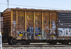 (o texano) Tags: houston texas graffiti trains freights bench benching kow next nekst dts defthreats dsr a2m adikts