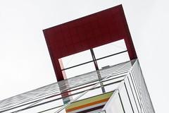 blick nach oben-2995 (Tafule79) Tags: blickwinkel farbig leuchtend farben grau spiegelung blau blick architekt architektur düsseldorf medienhafen