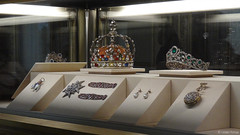438 (udain.tomar) Tags: france paris outdoor wandering photography louvre musuem musee artifacts history lavish jewels jewellery diamond crown