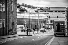 whitepixels-14.jpg (WhitePixels Photography) Tags: whitepixels sheffield streetlight march urban 2017 building architecture van furniture removals lorry road roadmarkings street office loading offices