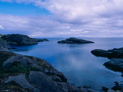 Blue Bay (JaZ99wro) Tags: e100g e6 f0325 mamiya645protl norway norwegia opticfilm120 tetenal3bathkit analog bay blue exif4film film water