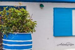 Asymmetrical sunny days on an island... #noperson#architecture #Greece #blue-white (a_batzias) Tags: blue architecture noperson greece