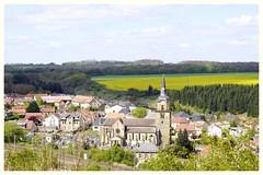 Fontoy au printemps (camilleromane1) Tags: fontoy moselle france village vuepanoramique hauteur paysage landscape sony sonyalpha68 2017 eglise church