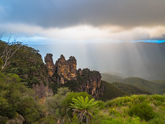 Three Sisters (Anthony's Olympus Adventures) Tags: nsw australia bluemountains mountain range lookout rock formation icon famous heritage threesisters echopoint view hdr haze fog rain olympusem10 olympus olympusomd travel photo newsouthwales hdrimage image nationalpark katoomba