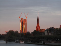 ECB in the sunset (hightower185) Tags: skyline cluster frankfurtammain wolkenkratzer hochhuser