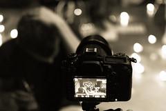 BACKSTAGE STRILLANO LE ANIME (skech82) Tags: camera boy portrait people music white man black face 35mm out movie person video focus pop persone uomo sing musica singer hip rap director videoclip bianco ritratto nero viso cantante ragazzo fotografica sfocato regista maccina d3000 skech82 fotogrsfica