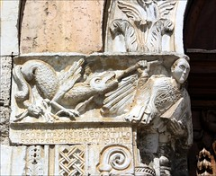 Fighting the Dragon (YIP2) Tags: italy sculpture church italia dragon medieval portal romanesque perugia umbria hilltown bevagna sanmichelearcangelo piazzasilvestri