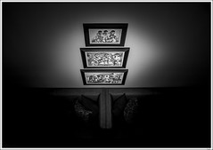 Focal Point (Yvonne V) Tags: light blackandwhite bw artwork nikon minimalist d300 18200mm blackwhitephotos nikonflickraward hillcrestcameraclub focallight