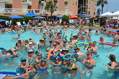 2013 rits sat pool party (19)