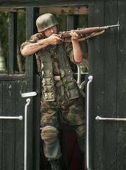 FJR5 (Lazarus ★) Tags: portrait train soldier uniform carriage military sony rifle helmet german alpha alphamale paratrooper ©allrightsreserved fjr5 fishfingerscustard a300700 ©allrightsreservedworldwidepleasedonotuseanyofmyimageswithoutaskingformypermission