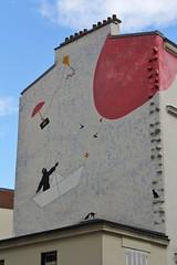 Nemo_7740 rue Henri Chevreau Paris 20 (meuh1246) Tags: streetart paris chat nemo belleville ballon chapeau bateau animaux parapluie paris20 ruehenrichevreau