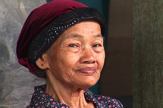 Indonesia - Java - Yogyakarta - Woman On Market