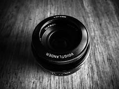 My buddy lens (T.N*) Tags: bw japan lens kanagawa ricoh voigtlnder kawasaki cv40 grdigitaliv