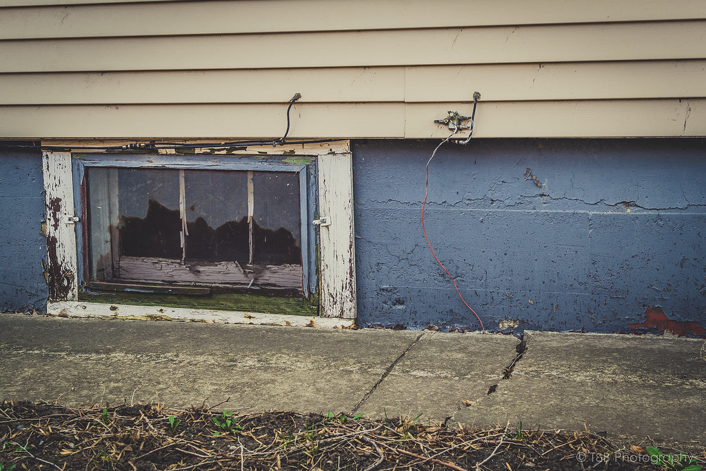 The World S Best Photos Of House And Stripping Flickr