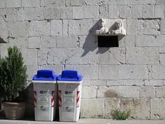 Coppie beneventane (giòvanna) Tags: benevento campania coppie bassorilievo spolium reimpiego bianco pietra raccoltacarta