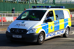 Merseyside Police Mercedes Vito Operational Support Roads Policing Unit (PFB-999) Tags: merseyside police mercedes vito operational support roads policing unit traffic van vehicle osu lightbars grilles fendoffs leds po62hcg grand national liverpool