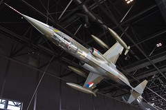 Rolling a Starfigher (nxgphotos) Tags: soesterberg rnlaf f104starfighter warbird