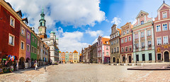 Daytime (Sakuto) Tags: panoramic town townhall oldsquare city poznan night day landscape building view color