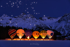 Nightglooming (Claudia Bacher Photography) Tags: ballons nightglooming nacht night berge montains ballonwoche balloonweek arosa schweiz suisse switzerland sonya7r blaue blauestunde outdoor schnee snow winter feuerwerk fireworks